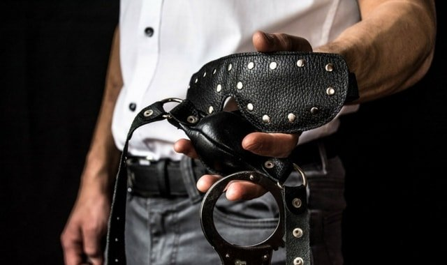 Man with BDSM toys. How to handle wannabe doms
